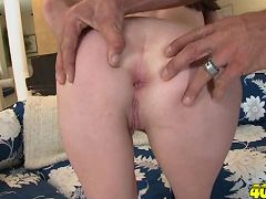 Hot kougar gets her fuck on with young stud