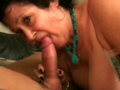 Watch this mature hottie Vanessa captured live sucking on a cock and all of its length